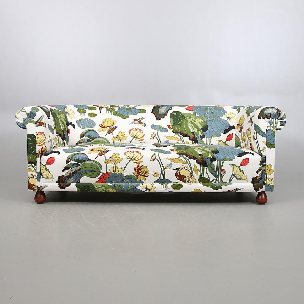 josef frank sofa.